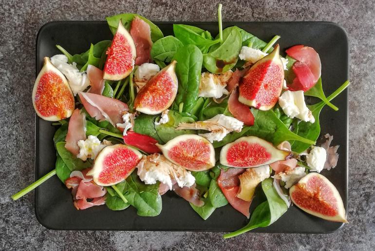 blog dietetyczny_sałatka z figami